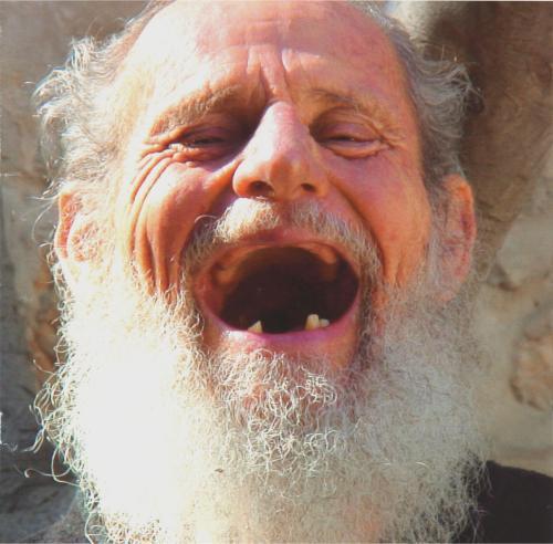 israel_125yearold_old-man-laughing