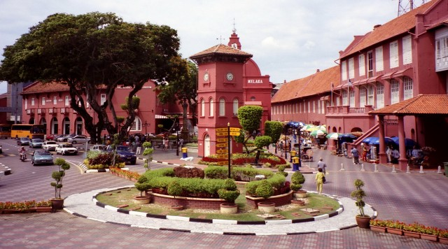 malaysia-malacca-dutch-square-01_resize